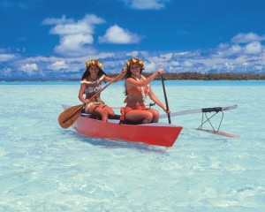 piragua polinesia playas