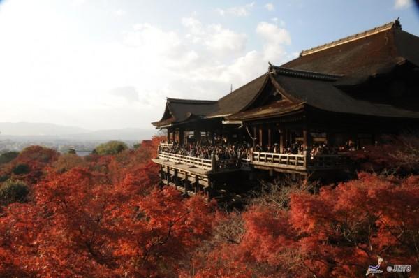 Viajes a Japon Templo Kiyomizu Otoño Kyoto