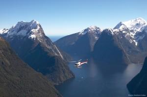 Viajes a Nueva Zelanda Milford Sound por vía aérea